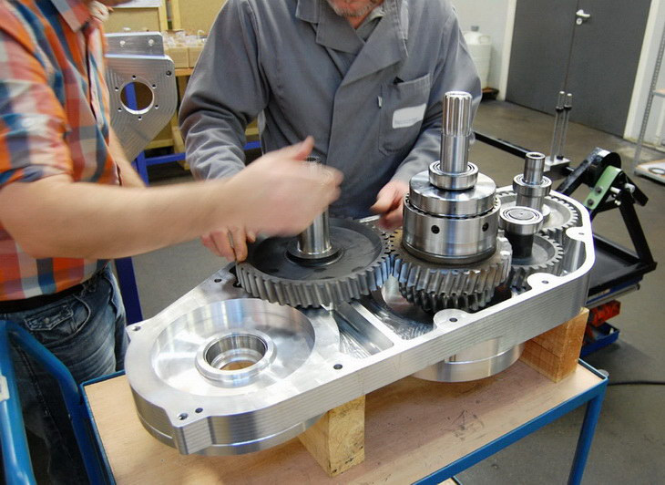 SAFRA BUSINOVA design r&d transport gearbox prototype